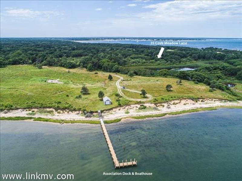 35 Cove Meadow Lane  Edgartown
