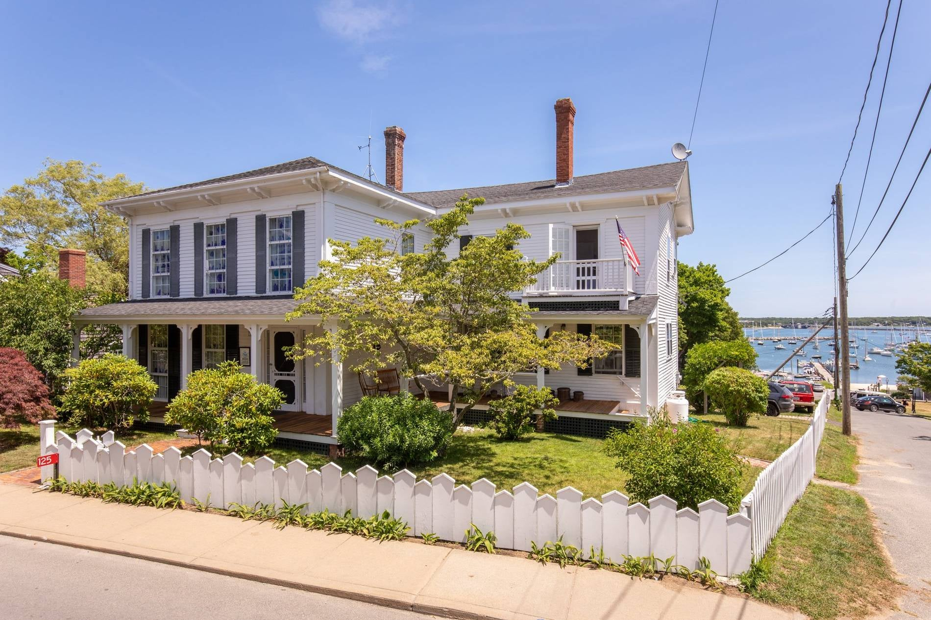 125 Main Street Vineyard Haven
