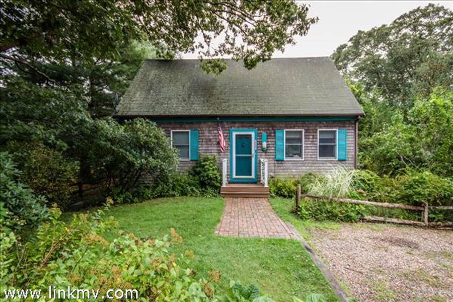 156 West Spring Street  Vineyard Haven