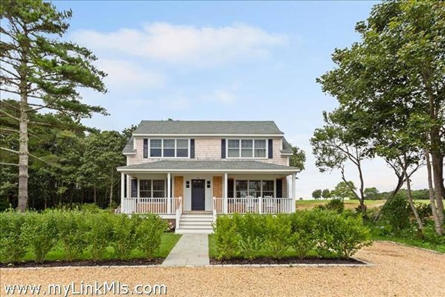 70 Curtis Lane  Edgartown