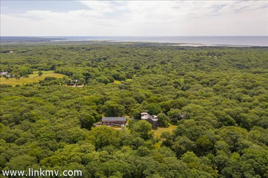 27 Tower Lane Chilmark