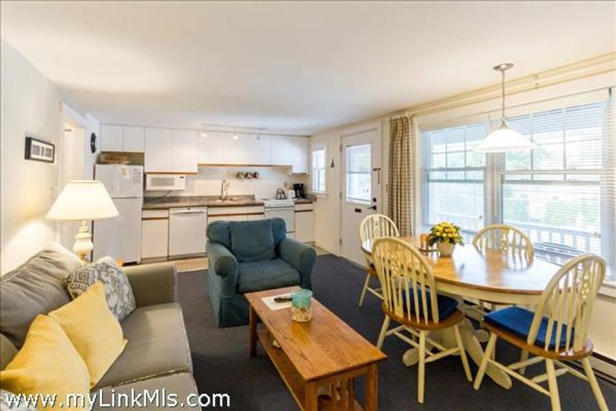 15 Mill Street 34 Edgartown