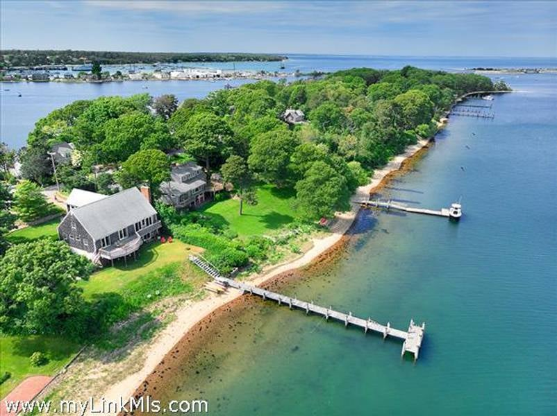 105 Hines Point Road  Vineyard Haven