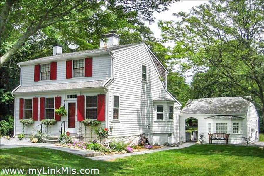 369 Main Street  Vineyard Haven