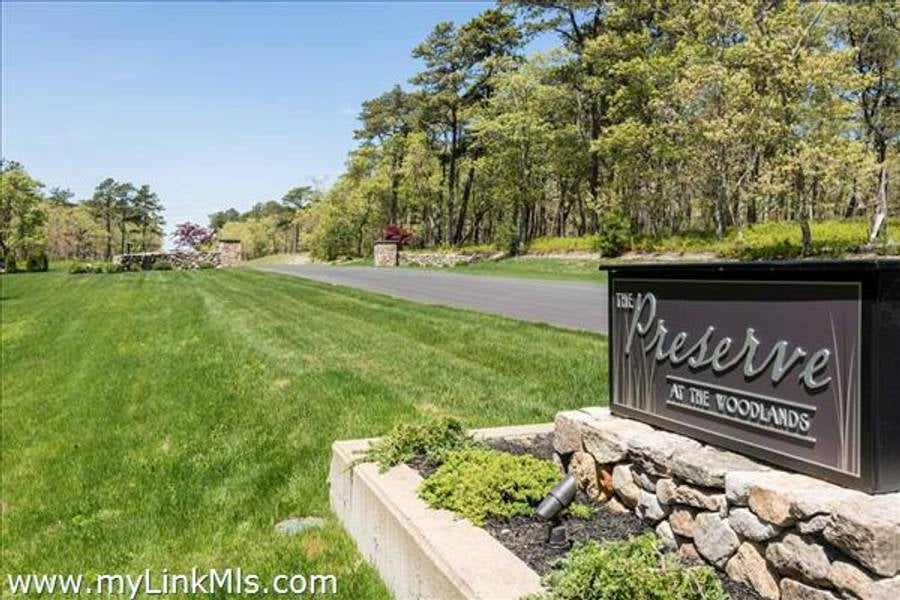 40- Paddock Road Lot 18   Oak Bluffs