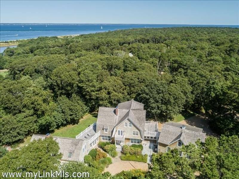 97 Mitchell Road  Vineyard Haven