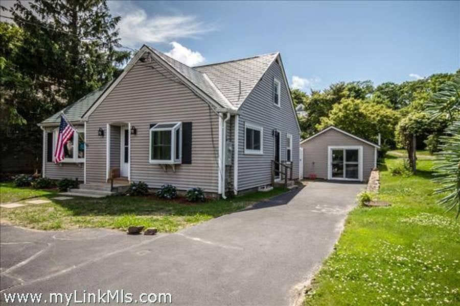 43 Edgartown Road  Vineyard Haven