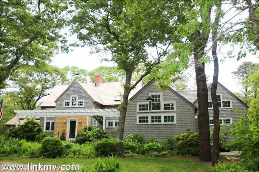 169 Cuttyhunk Avenue  Vineyard Haven