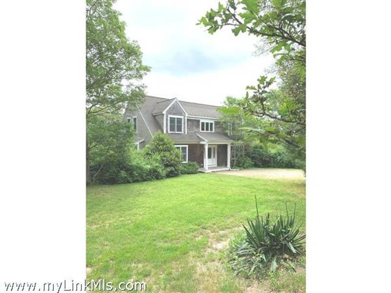 61- Mayflower Lane  Vineyard Haven