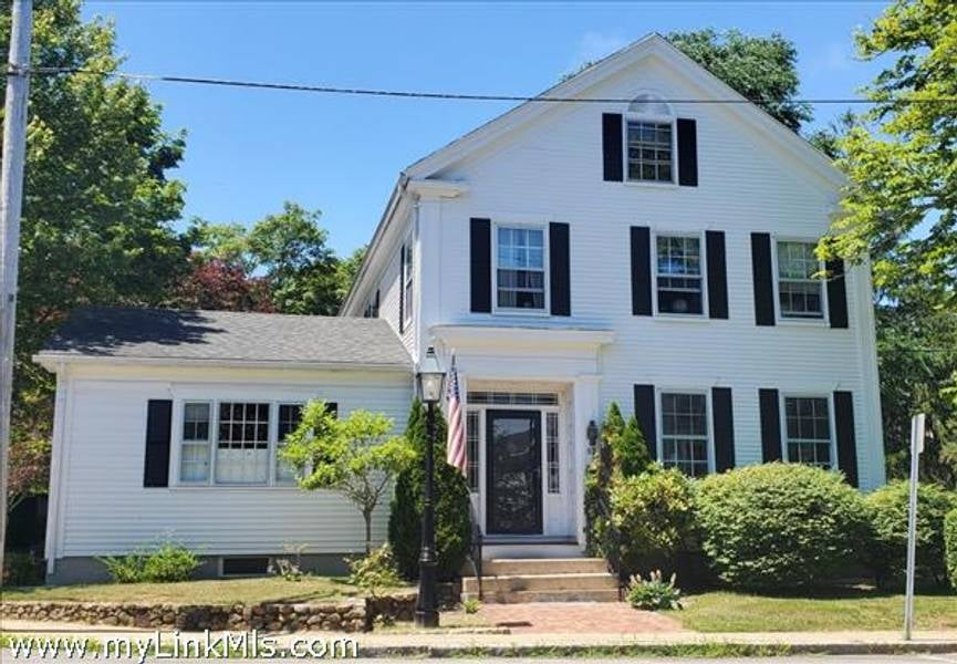 52 William Street  Vineyard Haven