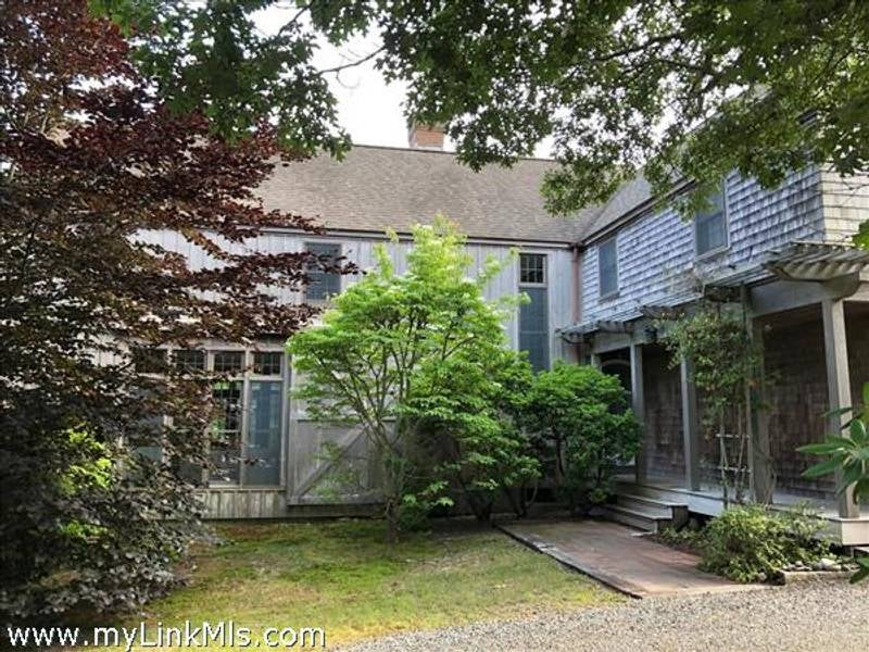 9 Old Wintucket Way  Edgartown