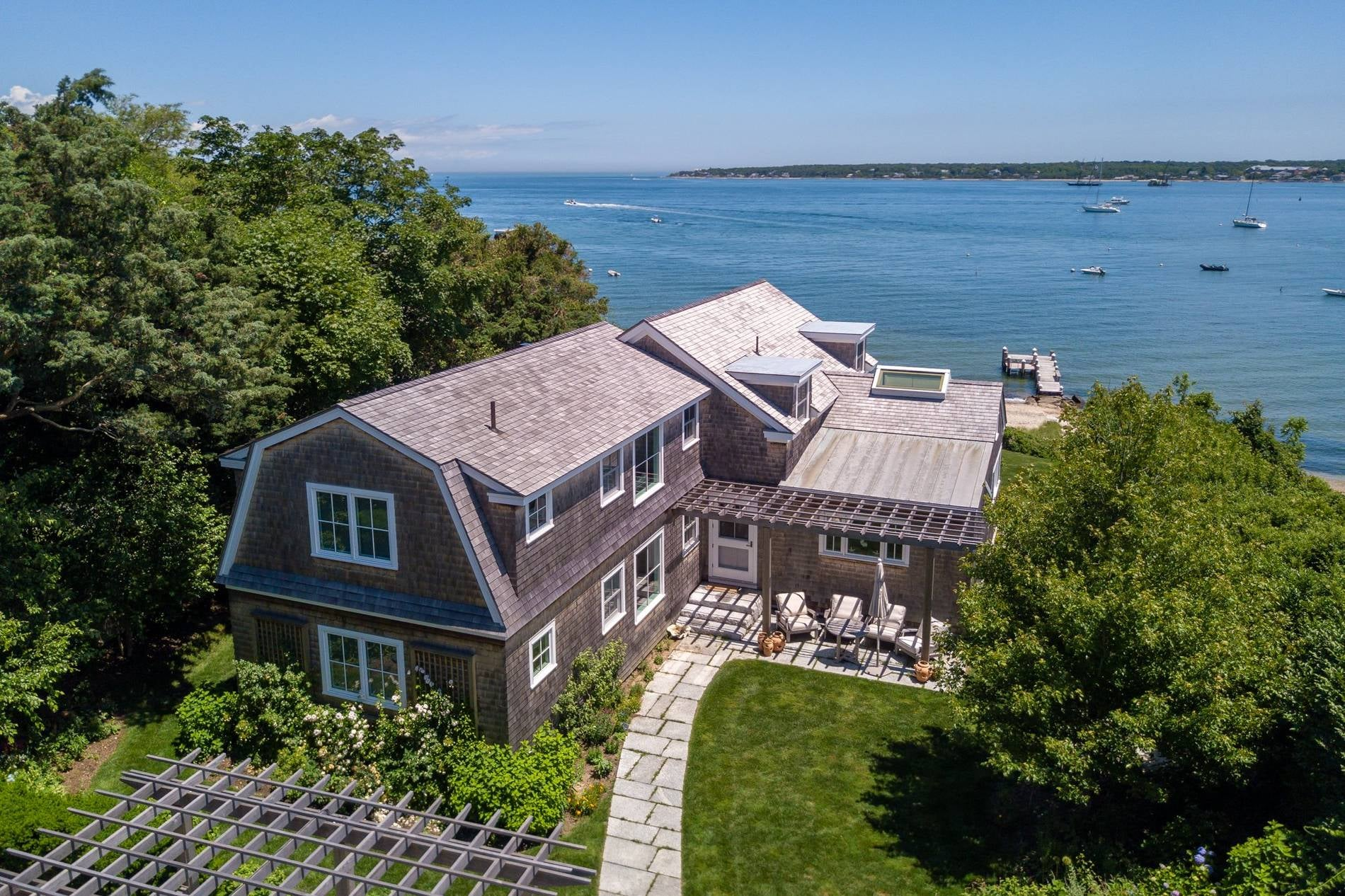 88 Hatch Road Vineyard Haven
